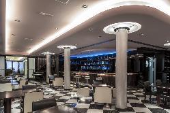 Bar en Room Mate Larios