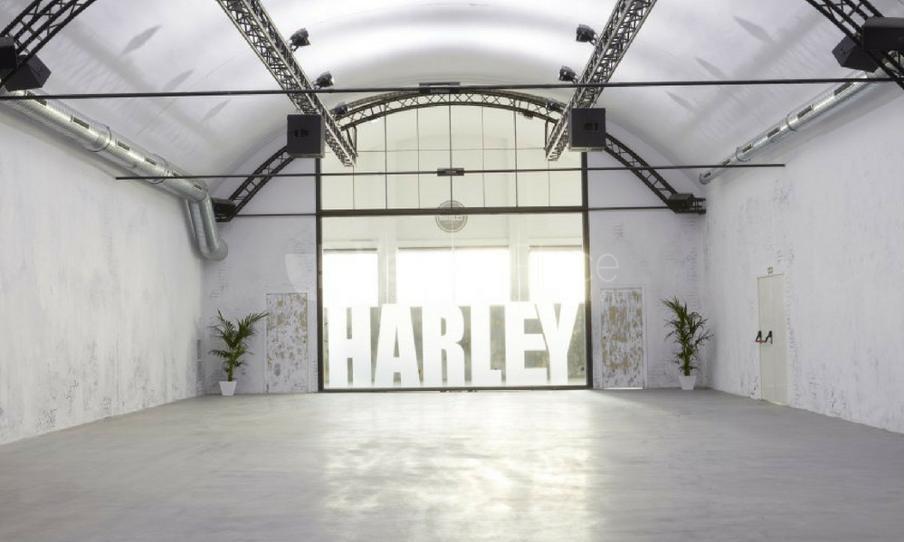 Interior 5 en Espacio Harley Ventas