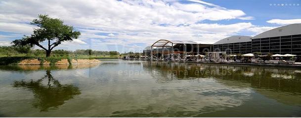 Lago en Madrid Caja Mágica eventos de empresa