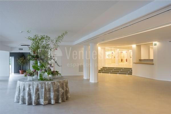 Amplio espacio para eventos en Rocio Gandarias Commodore
