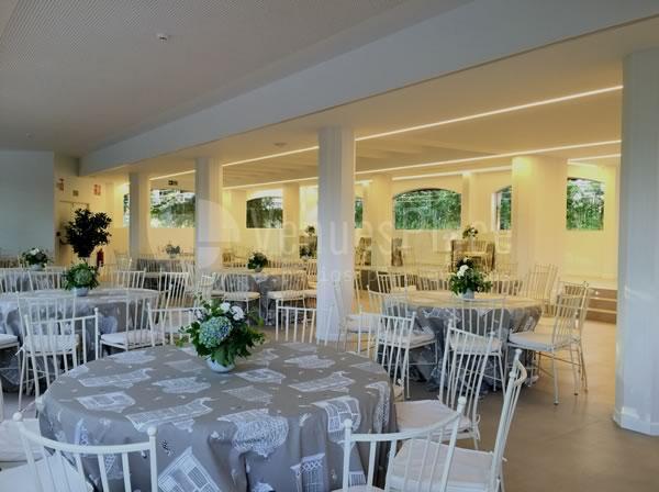 Montaje en banquete bodas y celebraciones en Rocio Gandarias Commodore
