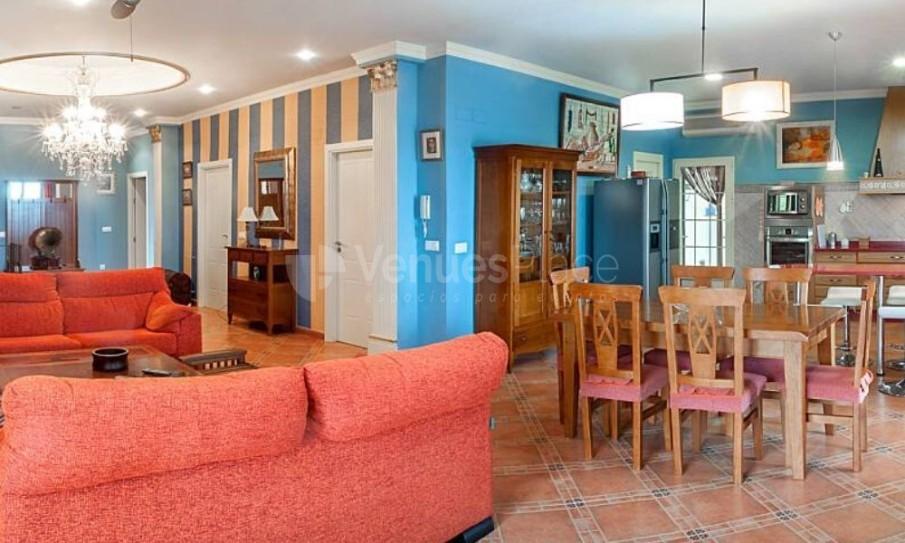 Zona interior en Casa Llutxent