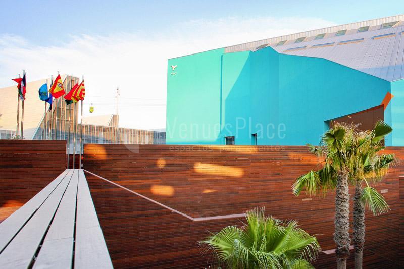 Magnífica terraza exterior del Hotel Hiberus