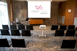 RH_BADALONA_Premià_Teatro (1).jpg