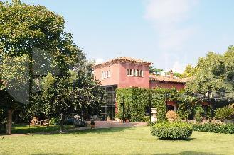 Fincas: Villa Bugatti