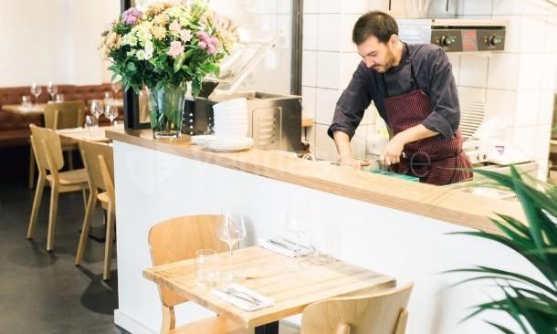 Interior 5 en Colella Restaurant