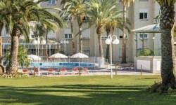 Exterior piscina Hotel Ilunion Las Lomas